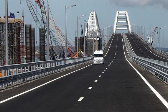 Путин приехал на Крымский мост