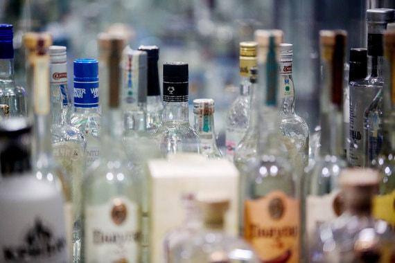 Производитель водки «Пять озер» займется продвижением «Мерной» и «Медоff»