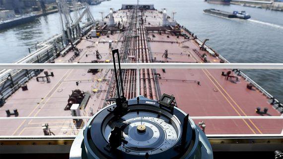 Кто заработал на нефтяном кризисе