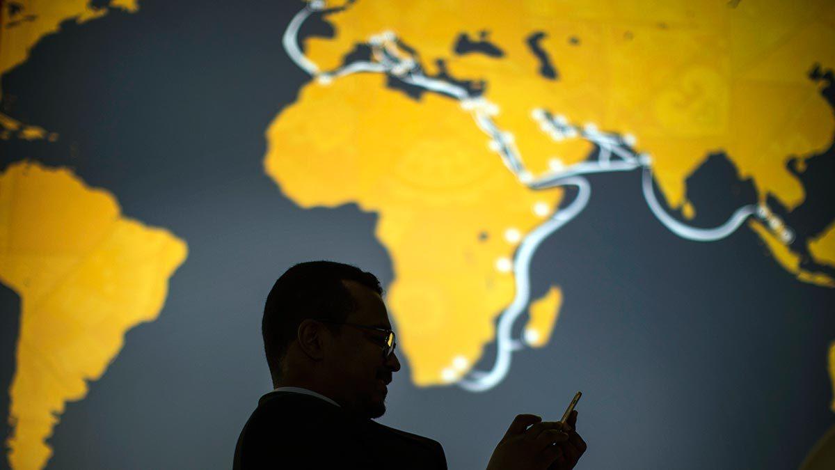 Коррумпированные власти могут получать откаты и в безналичной экономике