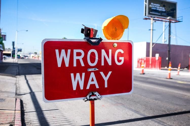 Почему эксперты ошибаются
