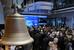 Проведение IPO                                          И Московская биржа, и Варшавская провели первичное размещение акций. Варшавская биржа сделала это в 2010 г. Продавцом выступило государство, которому принадлежало 100% акций компании, после IPO этот показатель снизился до 35%. С начала 2014 г. акции Варшавской биржи выросли на 13,2%. Что касается Московской биржи, то она провела IPO в 2013 г. Ее крупнейшим акционером является ЦБ, но он должен выйти из капитала биржи до 1 января 2016 г. Акции Московской биржи с начала года подешевели на 8,8% (по итогам торгов 2 декабря 2014 г.).