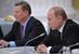 Руководитель администрации президента Сергей Иванов и президент России Владимир Путин