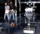 Робот-официант раздает воду