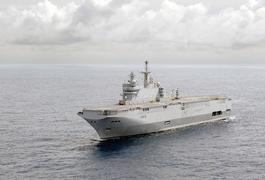 Тип универсальных десантных кораблей-вертолетоносцев «Мистраль» (BPC de la classe Mistral) разработан для ВМФ Франции. Первый корабль этого типа спущен на воду в 2004 г. «Мистрали» нужны для десантирования воинских частей (на корабле могут размещаться до 450 десантников) и приема вертолетов (до 16 штук). «Мистраль» также может быть плавучим госпиталем и центром командования.