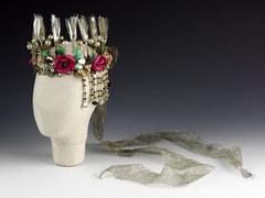 Корона Титании, которую носила Вивьен Ли  («Сон в летнюю ночь»).