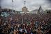 8 декабря на площади Независимости в Киеве собрались десятки тысяч человек. Манифестанты заполнили Майдан и прилегающие улицы и требуют отставки правительства Николая Азарова и освобождения политзаключенных и расследования разгона евромайдана 30 ноября