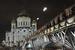 Патриарший                                          Патриарший - один из самых маленьких московских мостов. Он соединяет Красный октябрь и храм Христа спасителя. Открыт в 2001 г.