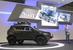 Прототип Chevrolet Niva нового поколения                                      Российско-американское СП «GM-AvtoVAZ» впервые показало внешность второго поколения внедорожника. Новая Niva будет оснащаться бензиновым двигателем 1,8 л (135 л. с., 170 Нм, разработка PSA Peugeot Citroen, будет производится в Тольятти). Сохранится традиционная для внедорожника трансмиссия: 5-ступенчатая механическая коробка передач, постоянный полный привод, блокировка дифференциала и раздаточная коробка с пониженной передачей. Запуск в производство новой версии внедорожника запланирован на декабрь 2015 г.                   Читайте подробнее                    Смотрите фотогалерею: Концепт Chevrolet Niva второго поколения