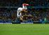 5. Рекорд Мирослава Клозе                                          Нападающий сборной Германии Мирослав Клозе не относится к числу суперзвезд мирового футбола. Ветеран приехал на чемпионат мира скорее игроком запасного состава, нежели основы, но все же сумел забить два гола и установил тем самым рекорд чемпионатов мира. На его счету 16 мячей на мундиалях - больше, чем у Роналдо (15), Герда Мюллера (14), Жюста Фонтена (13) и Пеле (12).