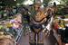 Британский робот Титан рекламировал выставку среди прилавков Даниловского рынка