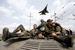 Истребитель над бронетехникой украинских войск под Краматорском, 16 апреля