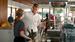 Burger King                                      Лицом рекламной кампании Burger King Дэвид Бекхэм стал в 2012 г. В рекламных роликах для сети ресторанов он очаровывал кассиршу и пил смузи.