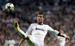 Real Madrid, $621 млн.                                      Португалец Криштиану Роналду - главное действующее лицо и просто лицо бренда Real Madrid. Несмотря на то, что в сезоне 2011/2012 выручка испанского клуба достигла рекордных 513 млн евро, на стоимости бренда Real Madrid сказалась негативная ситуация в экономике Испании. У Real Madrid один из самых успешных мерчендайзингов в мире: только в прошлом сезоне по всему миру было продано более 1,5 млн лицензионных футболок клуба