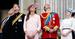 Принц Гарри, герцогиня Кембриджская Кэтрин и принц Уильям (в центре)