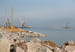 Перевалка нефти в Усть-Луге в этом году может превысить 40 млн т