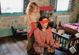 Семейные игры героинь фильма очень нравятся призракам