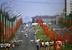 Легкоатлетическая эстафета школьников Гагаринского района проходит по Ленинскому проспекту, 1975 г.