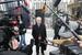 Адвокат Александр Аснис, представляющий интересы бывшего заместителя прокурора Московской области Александр Игнатенко, отвечает на вопросы журналистов у здания Следственного Комитета России