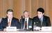 """1998 г.                                          Годовое собрание акционеров """"Газпрома"""". Вице-премьер правительства Борис Немцов  и глава """"Газпрома"""" Рем Вяхирев, который на этом собрании был переизбран. 1998 г."""