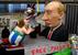 Фигуры актера Жерара Депардье и Владимира Путина, Кёльн, Германия.