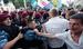"""В Киеве вчера депутаты от оппозиции организовали палаточный лагерь, сегодня около «Украинского дома», где должна состояться пресс-конференция Януковича против закона митинговали около 200 человек. Место протеста оцепили сотрудники спецподразделений милиции, произошли столкновения, в результате которых 10 сотрудников спецподразделения """"Беркут"""" были госпитализированы. Спецназовцы применили к митингующим слезоточивый газ, сообщает РИА Новости."""