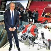 Роберто Фидели не скрывает устройство FF. На фото выделен блок привода передних колес