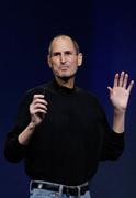 Стив Джобс лично представил iPad 2 (AP)