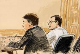 Игорь Потероба с адвокатом в зале суда (Bloomberg)