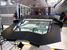 Углепластиковая крышка моторного отсека Aventador не только легче алюминиевой, но и состоит всего из 2 частей (алюминиевая – из 19). Это один из ресурсов сокращения время сборки. Застекленная крышка, через которую можно видеть двигатель – опция.