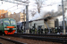 11 апреля 2013 г.                                          Сотрудники пожарной охраны МЧС России работают на месте пожара в хозяйственной постройке рядом с Курским вокзалом.