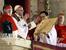 13 марта 2013 г.                                          Конклав избрал новым Папой Римским кардинала из Аргентины Хорхе Марио Берголио. Епископ Буэнос-Айреса и примас Аргентины войдет в историю под именем Франциска I.