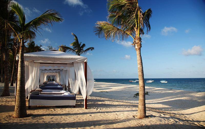 Пляж курорта Billionaire