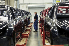 GM на неопределенный срок останавливает собственные производственные проекты в России