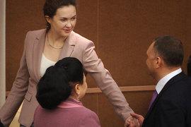 Татьяна Воронова (слева) продолжит в УВП прежний курс
