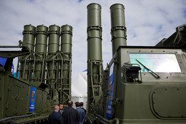 Путин разрешил поставки ЗРК С-300 в Иран