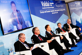 Предправления «Газпрома» Алексей Миллер обещает объединить европейский и азиатский рынки