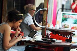 Не пройдет и полгода, как в России будет запущена своя Национальная платформа онлайн-образования