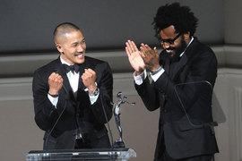 До назначения в DKNY Дао-И Чоу и Максвелл Осборн выиграли премию Американского союза дизайнеров CFDA/Vogue Fashion Fund как лучшие молодые дизайнеры