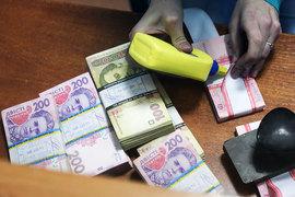 Инфляция ударит по потреблению и реальным доходам населения