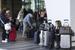 Терминалы 3 и 2 были полностью эвакуированы и оцеплены. Пассажиров с прибывающих рейсов туда не пускали. Все пассажиры оставались в терминале 1