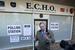Найджел Фараж, лидер Партии независимости Соединённого Королевства, возле избирательного участка в Рамсгейте