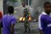 14 мая государственное телевидение Бурунди прекратило выпуски новостей, в районе штаб-квартиры гостелерадиокомпании происходят перестрелки