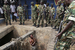 Член правящей партии просит военных защитить его от демонстрантов, фото 7 мая