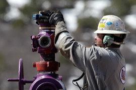 Американские компании планируют начать увеличивать добычу сланцевой нефти