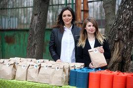 Алина Крюкова и Анна Цуканова-Котт гордятся фирменной упаковкой для обедов