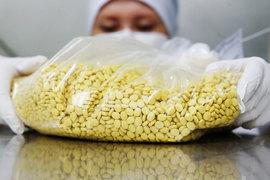 В натуральном выражении продажи лекарств в России сокращаются уже три года подряд
