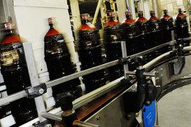 Пивовары договорились с правительством отложить на неопределенный срок ограничение пластиковой тары (ПЭТ) 0,5 л для пива