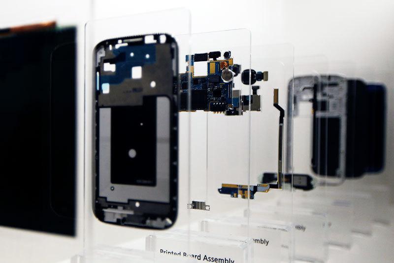Смартфон состоит из множества деталей, но умным устройством его делает процессор