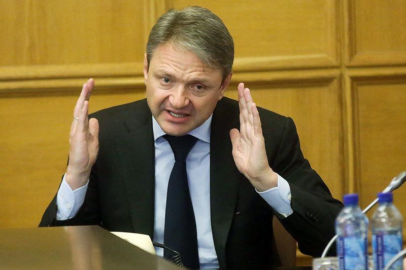Инвесторы надеются, что команда Александра Ткачева будет их слышать